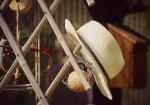 Ein Hut, steht allen gut